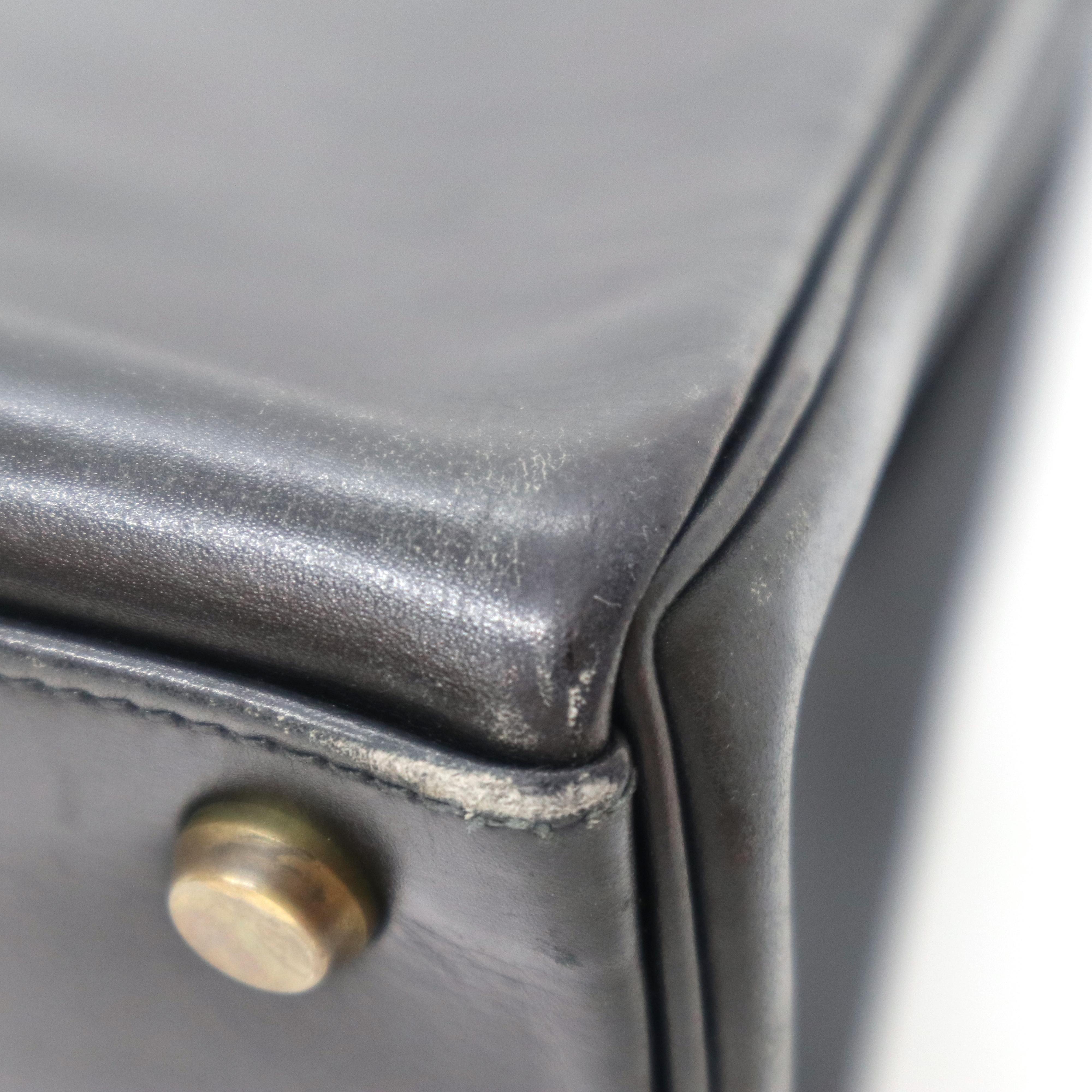 訳あり商品「バッグのカドが擦れている」の画像