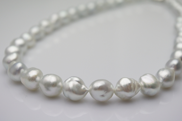 「ネックレスの糸替え」のイメージ画像