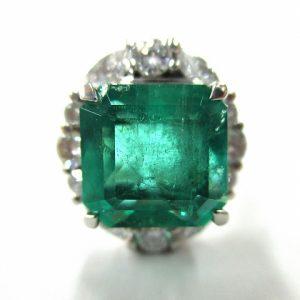 エメラルド 指輪 買取 価格