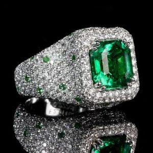 emerald-1137407__340