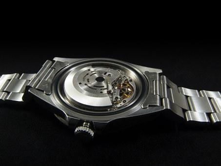 「GMTマスターとGMTマスターⅡの違い」のイメージ画像