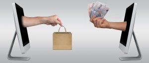 お金と袋の画像
