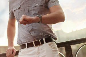 男性の腕画像