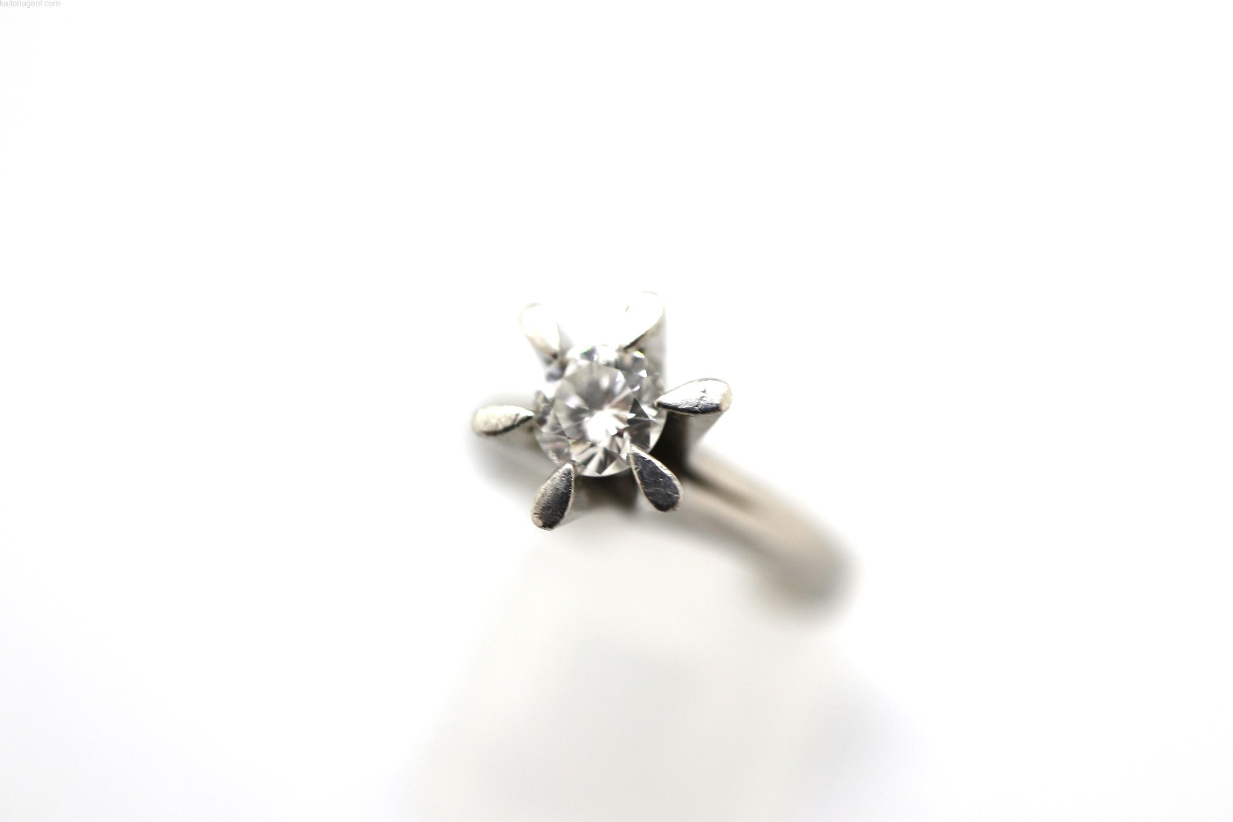 【素材】プラチナ 【宝石】ダイヤモンド0.30ct 【形…の画像