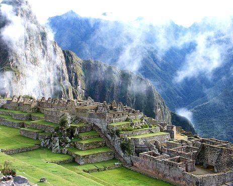 「1533年|インカ帝国の滅亡と金」のイメージ画像