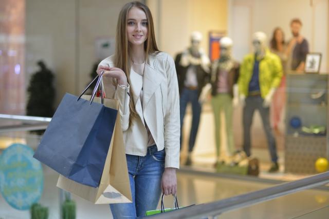 「ショッピングモール」のイメージ画像