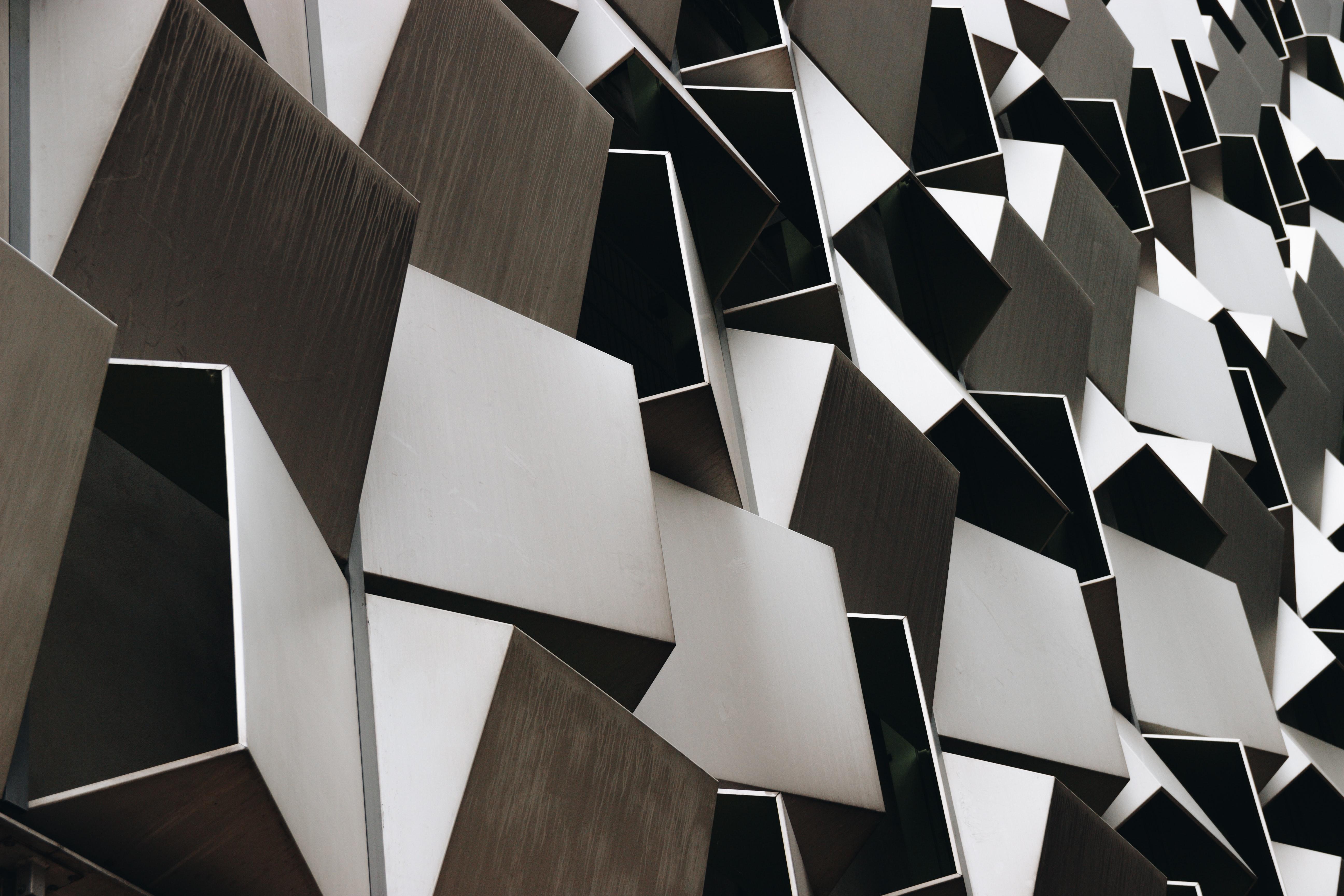 「ステンレススティール素材」のイメージ画像