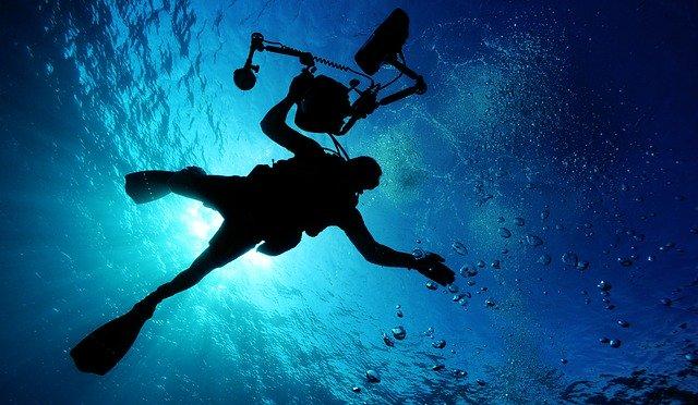 「深海で本領を発揮」のイメージ画像