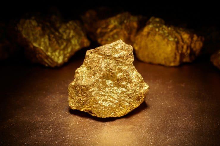 金の原石イメージ