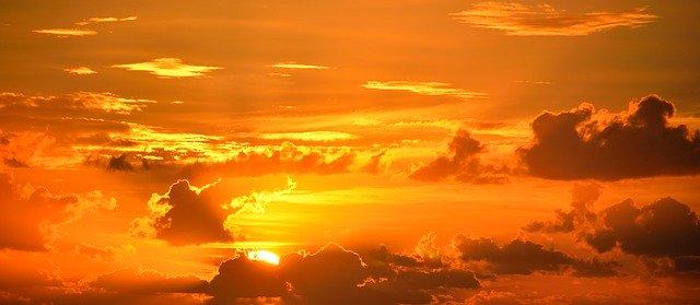 「エルメスのシンボルカラーがオレンジ色の意味」のイメージ画像