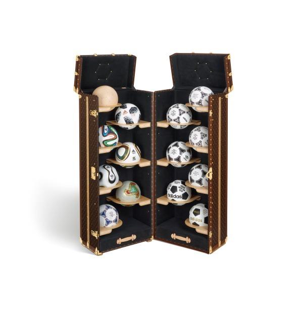 「ルイヴィトンのコラボ商品(トランク)」のイメージ画像