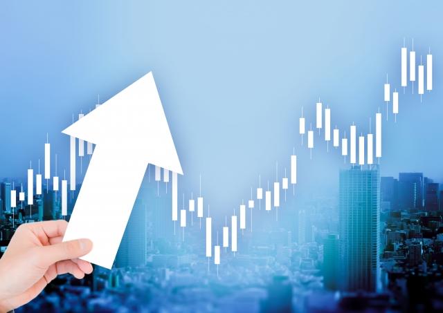 「プラチナ価格が下落し、金の価格が上昇している」のイメージ画像
