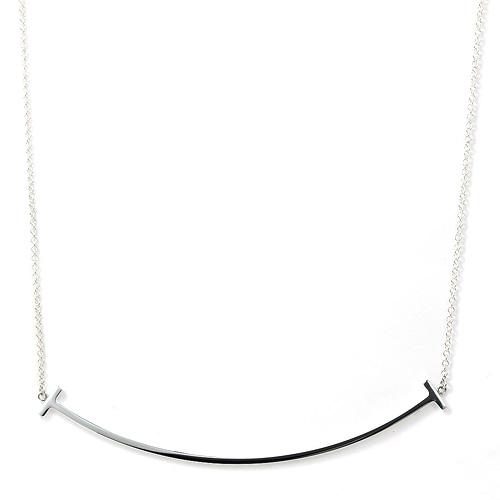 「【Tスマイル ペンダント ラージ シルバー】ベーシックなネックレス」のイメージ画像