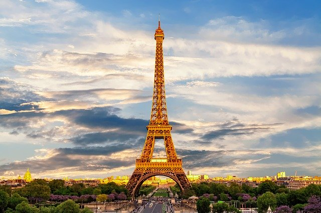 「1910年にパリで創立」のイメージ画像