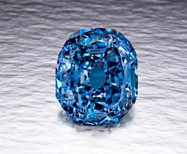 「青い色の宝石.6「ブルー・ダイヤモンド」」のイメージ画像