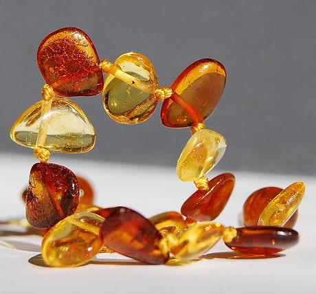 「茶色の宝石|アンバー【琥珀(こはく)】」のイメージ画像