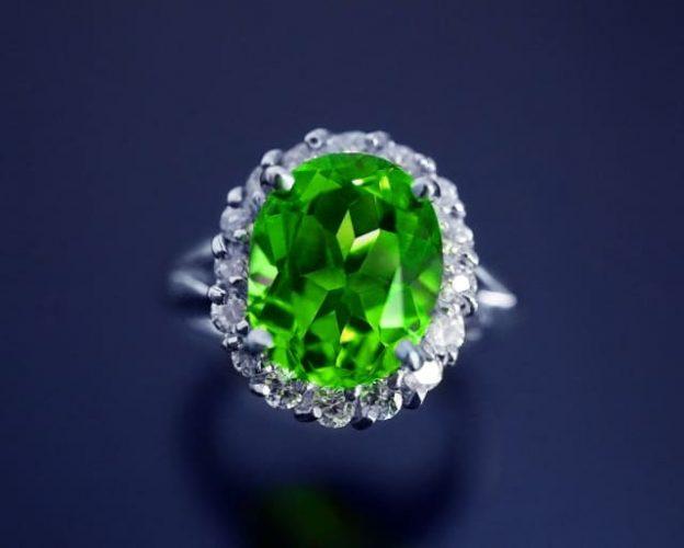 緑色の宝石:ペリドット