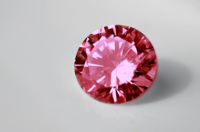 「赤い色の宝石.9「レッド・トルマリン(ルべライト)」」のイメージ画像