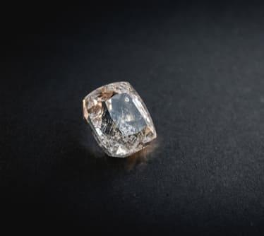 「白・透明の宝石.5「ホワイト・トパーズ」」のイメージ画像