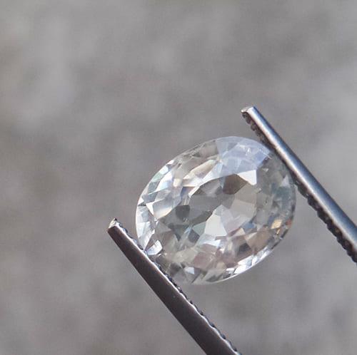 「白・透明の宝石.9「ジルコン」」のイメージ画像