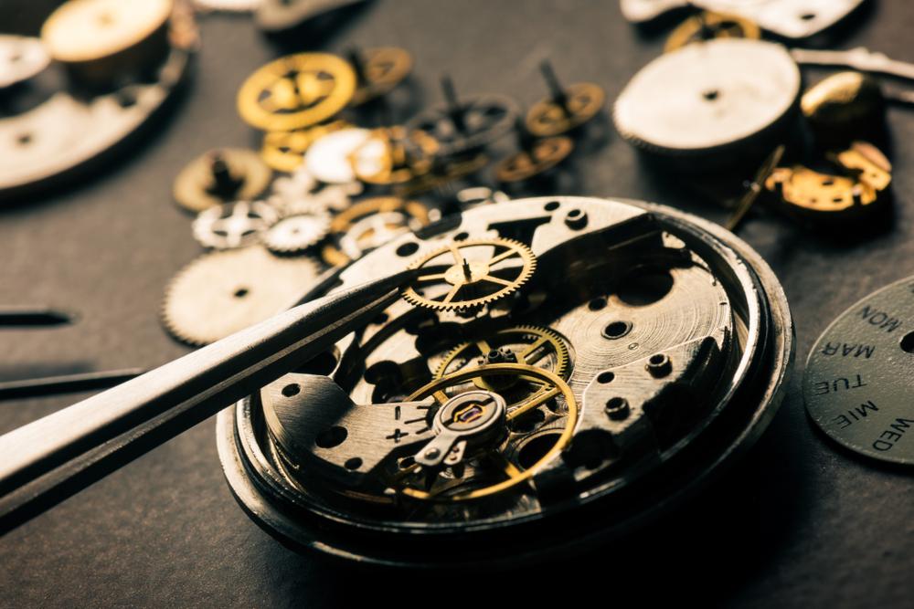 「中古ロレックス時計のメンテナンス内容とは」のイメージ画像