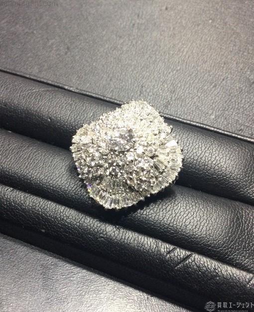 「パヴェデザインのリング」のイメージ画像