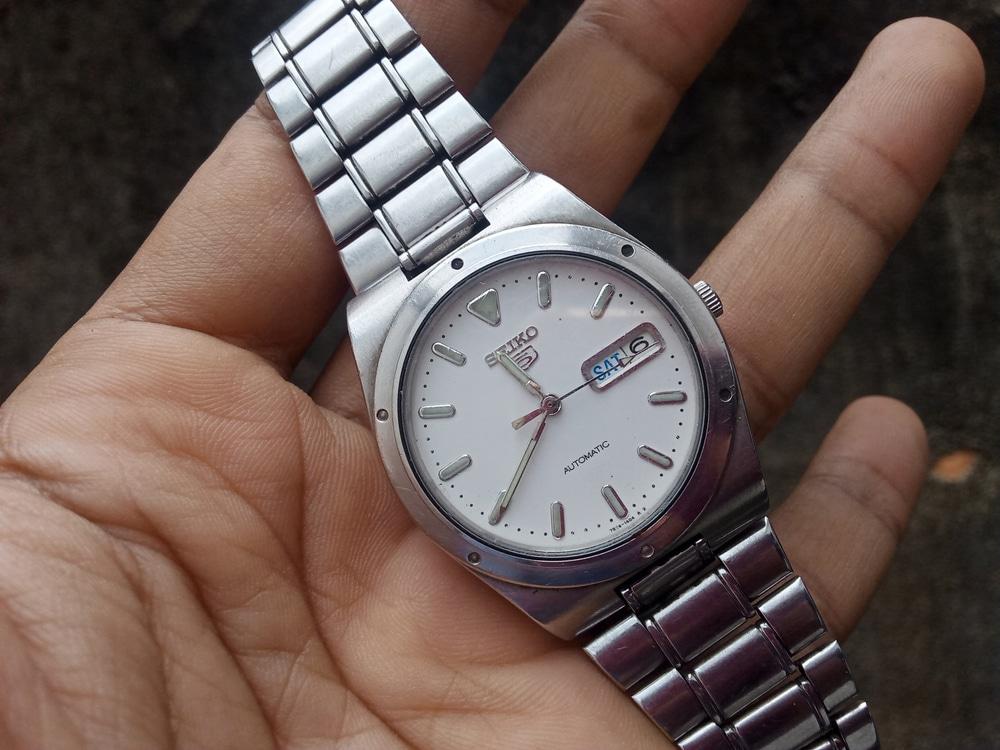 「高く売れる高級時計の買取率は?アイテム別に買取価格もご紹介」のサムネイル画像