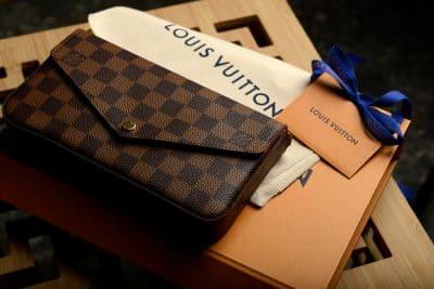 「ルイヴィトンの財布の買取相場と高く売るためのコツ」のサムネイル画像