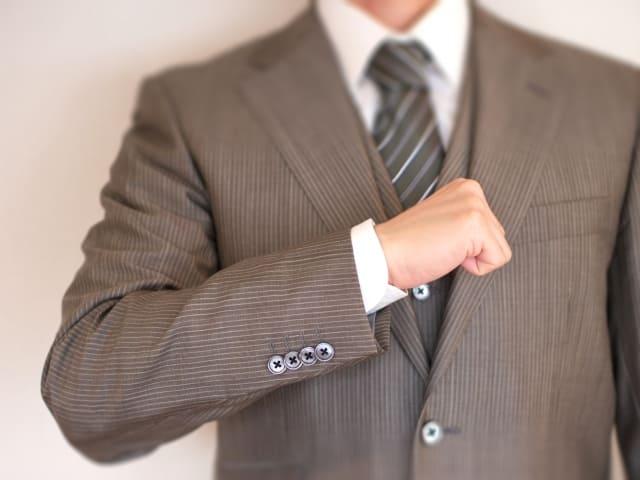 「買取エージェントはプラダのバッグを買取強化中」のイメージ画像